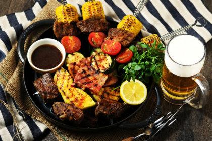 テーマはBBQ!「リブラボキッチン」特製ブロシェットやスペアリブを味わう、夏のパーティープラン6/7スタート!