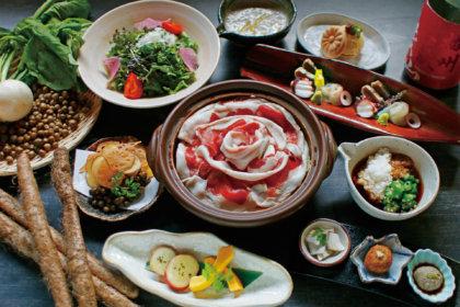 冬はみんなでお鍋を囲みましょ。毎年人気の「島根県産イノシシの自然薯とろろ味噌鍋」が2019年も「黒十 神戸本店」に登場!<br><br>/黒十 神戸本店