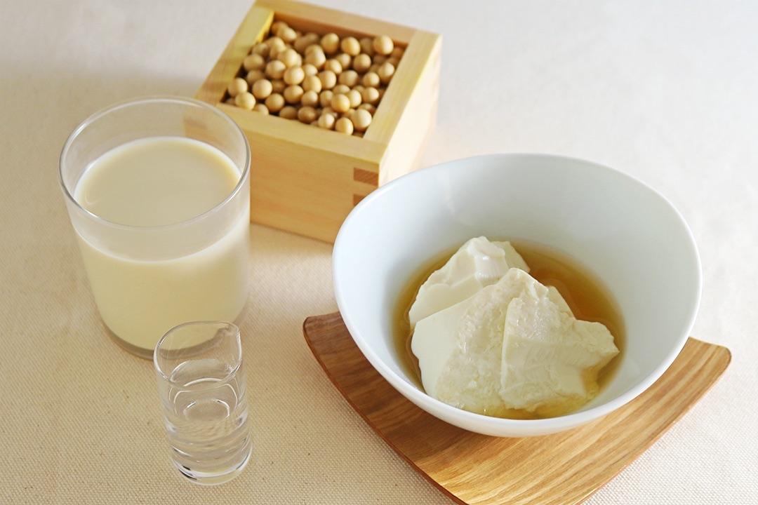 兵庫県産大豆を100%使用・八雲のこく濃豆乳