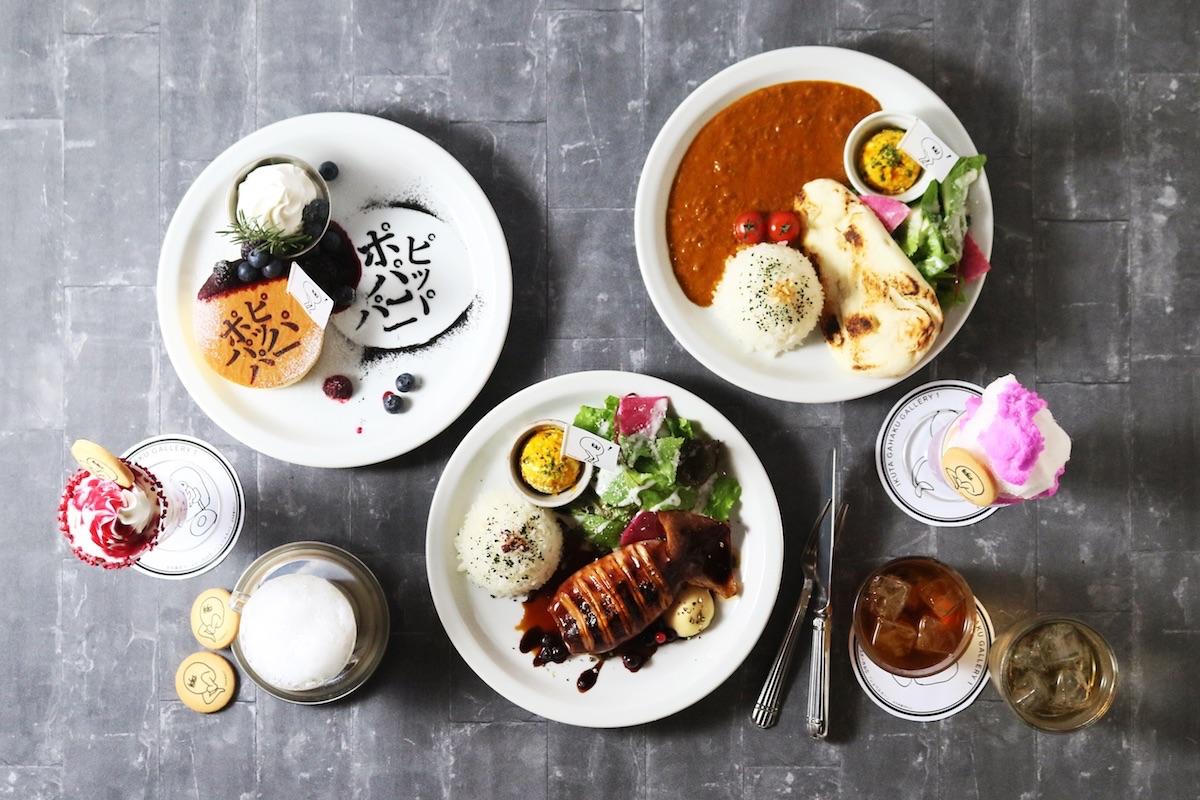 乃木坂46とのコラボカフェ「坂CAFÉ」で提供する「ポピパッパパー パンケーキ」「ロマンティックいか焼き フードプレート」「別れ際、もっと好きになる オムさんカレーフードプレート」